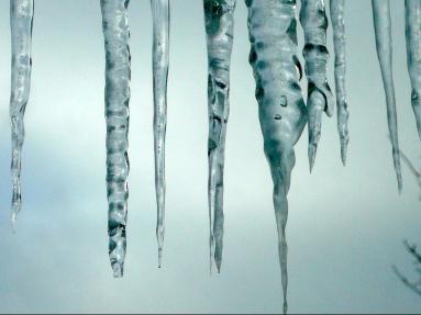 icicles P1010174 copy 2